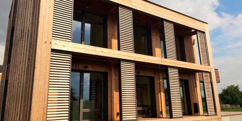 paneles correderos de lamas de protección solar
