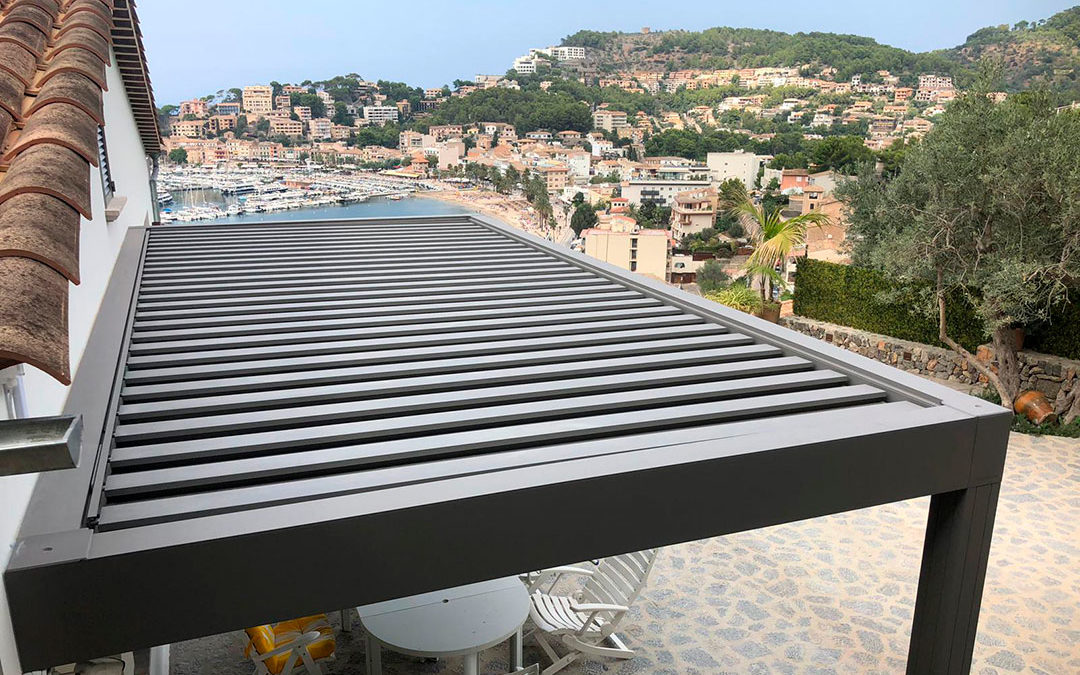 Bioclimatic pergolas in a single-family home in Port de Soller